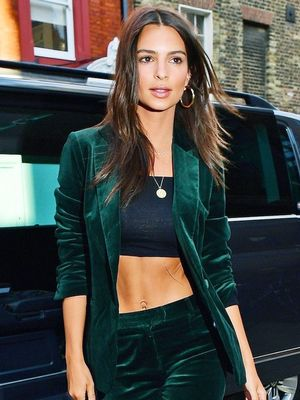 Emily Ratajkowski Has Been Quietly Wearing a Diamond Ring on Her Left Hand