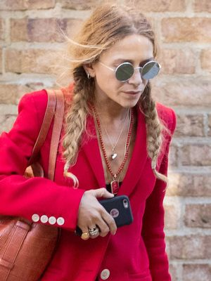 Mary-Kate Olsen Just Made Flip-Flops and a Tee Look Chic