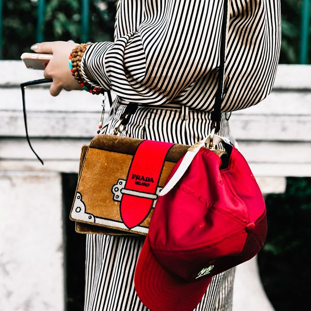 Avoid Inappropriate Office Outfits by Ditching These 8 Items