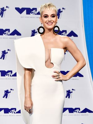 The MTV VMAs Looks That Shut Down the Red Carpet