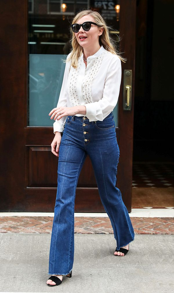 Best Bell-Bottom Jeans Outfits