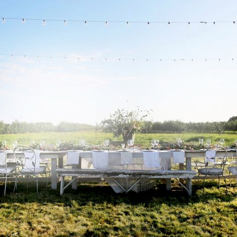 How to Host the Ultimate End-of-Summer Bash