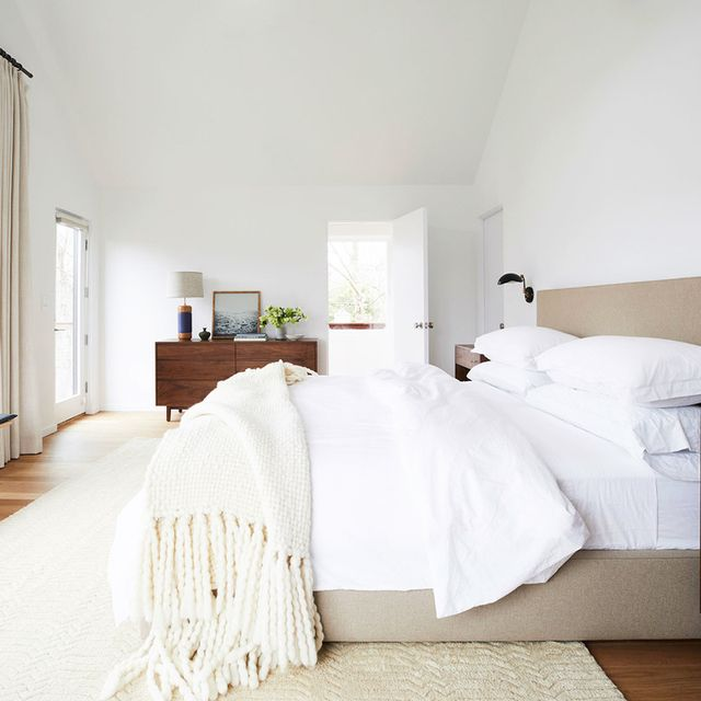 The Bedroom Paint Colours Every Pro Uses