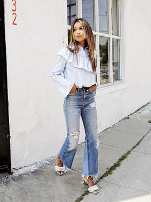 How to Style This Popular 2017 Denim Trend