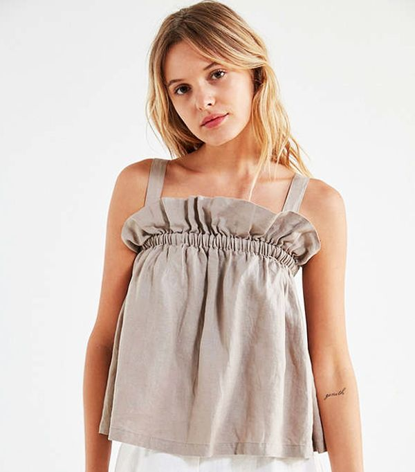 Riley Pleated Top - Beige XS at Urban Outfitters