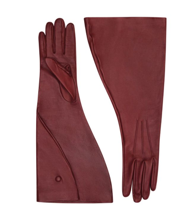Victoria Beckham Autumn Winter 2017 style: leather gloves