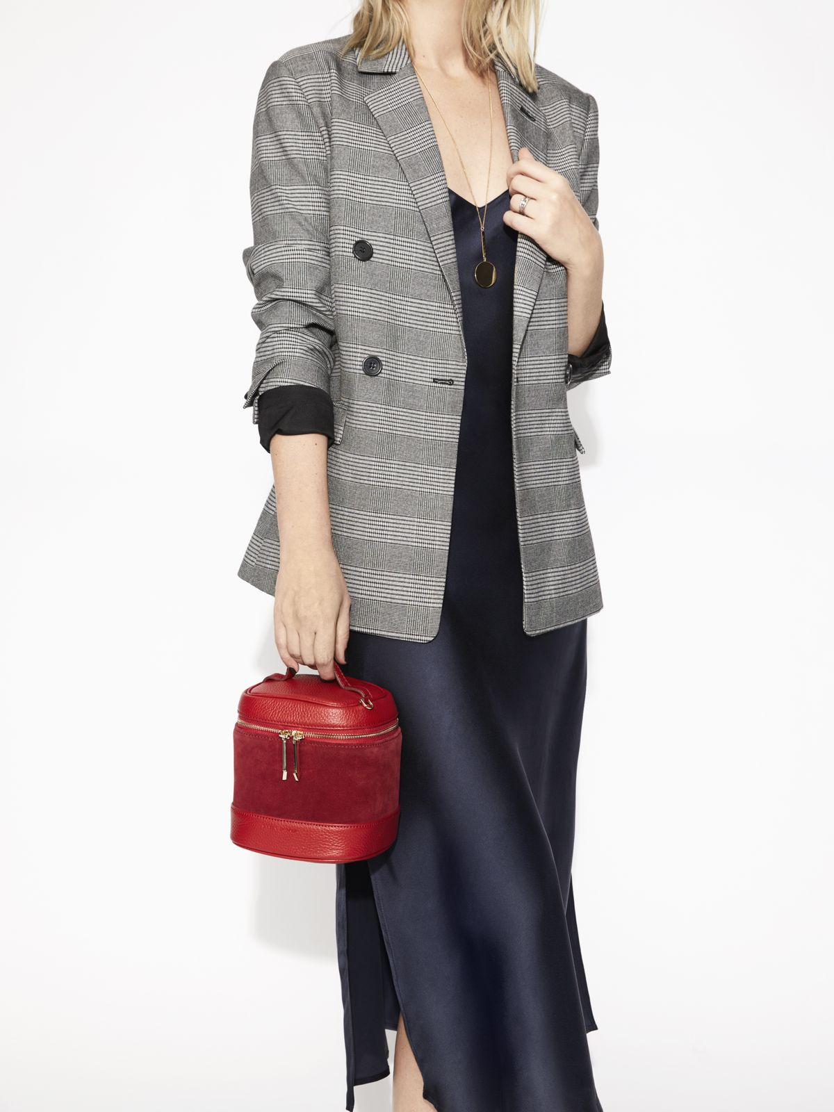 How To Elevate Workwear With Accessories title=