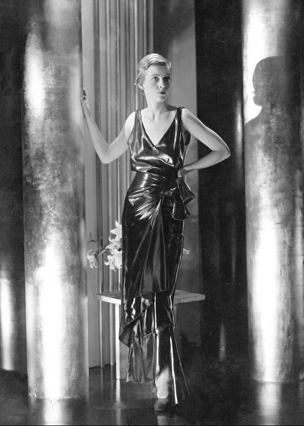 Bettina Jones, 1929