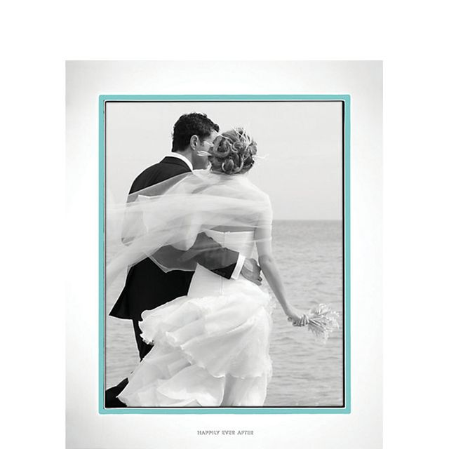 How to handle rain on your wedding day mydomaine kate spade take the cake 8x10 frame 75 junglespirit Image collections