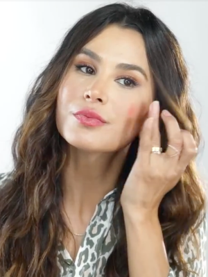 Watch: How to Create a Bronzed Skin–and–Berry Lip Makeup Look