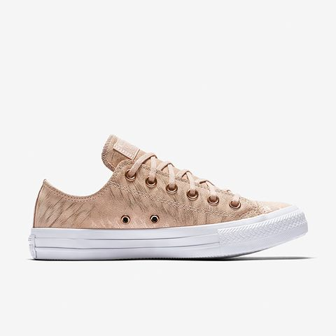 Chuck Taylor All Star Shimmer Suede Low Top
