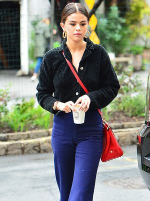 Selena Gomez Keeps Wearing Cool-Girl Accessories