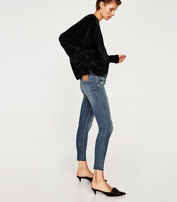 fb1552319f6 Zara Thinks You Should Be Wearing This Heel Trend With Skinny .