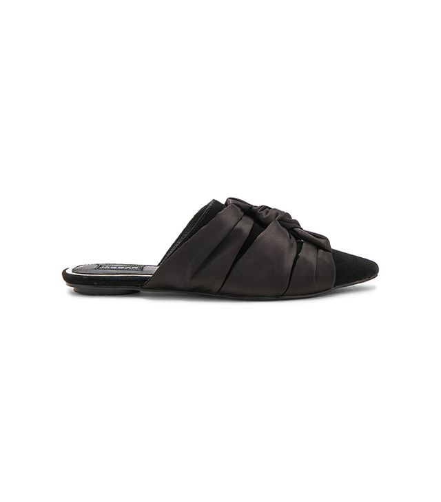 Statue Slide in Black. - size 37 (also in 36,38,39,40)
