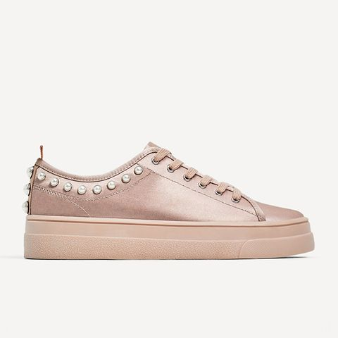 Sneakers With Pearls