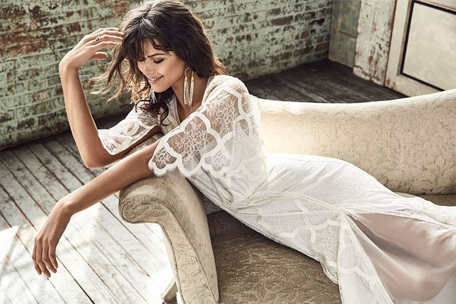 Where to Start Searching for Your Wedding Dress