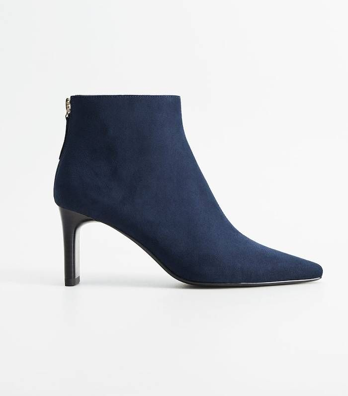 how do you get salt marks off suede boots