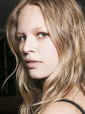 3 Things Hairstylists Do Before Blowdrying That You Don't