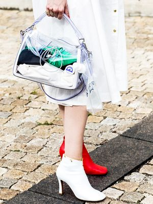 Here's How to Pull Off the Naked Handbag Trend