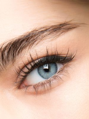 The Best Places to Get Eyelash Extensions in L.A., According to Reviews