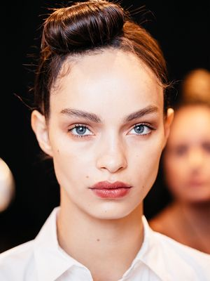 This Backstage NYFW Hack Is the Secret to Blotted, Just-Bitten Lip Color