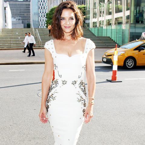 Katie Holmes Style: in a white Zac Posen gown