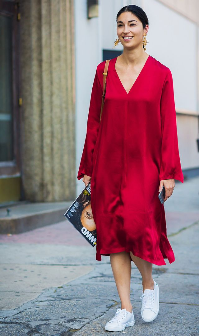 fashion week street style, red