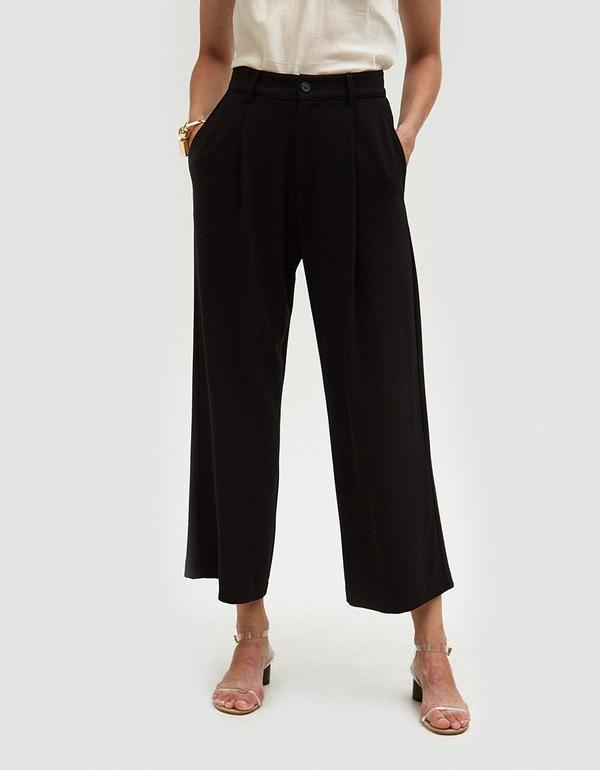 Wide Leg Tuck Pant