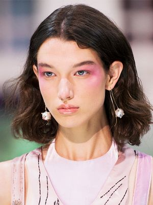 Backstage Cheat Sheet: The Spring 2018 Beauty Trends You'll Want to Wear Now