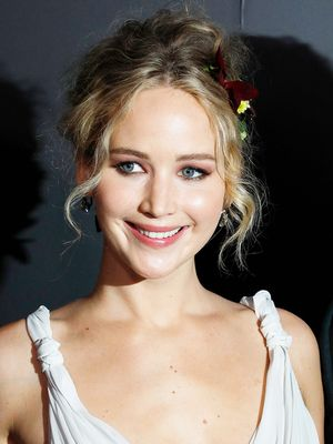 Jennifer Lawrence Wore a Wedding Dress on the Red Carpet With Her Boyfriend