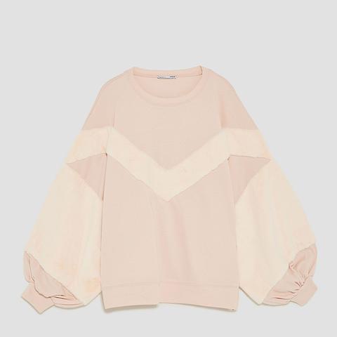 Sweatshirt With Contrasting Sleeves