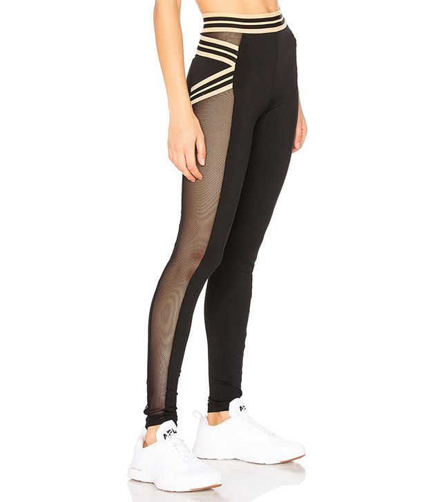 Fit Sporty Legging in Black. - size S (also in L,M,XS)