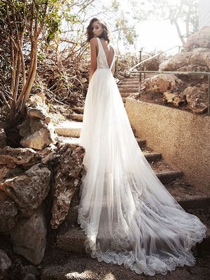 OK, These No-Veil Wedding Looks Are Breathtaking