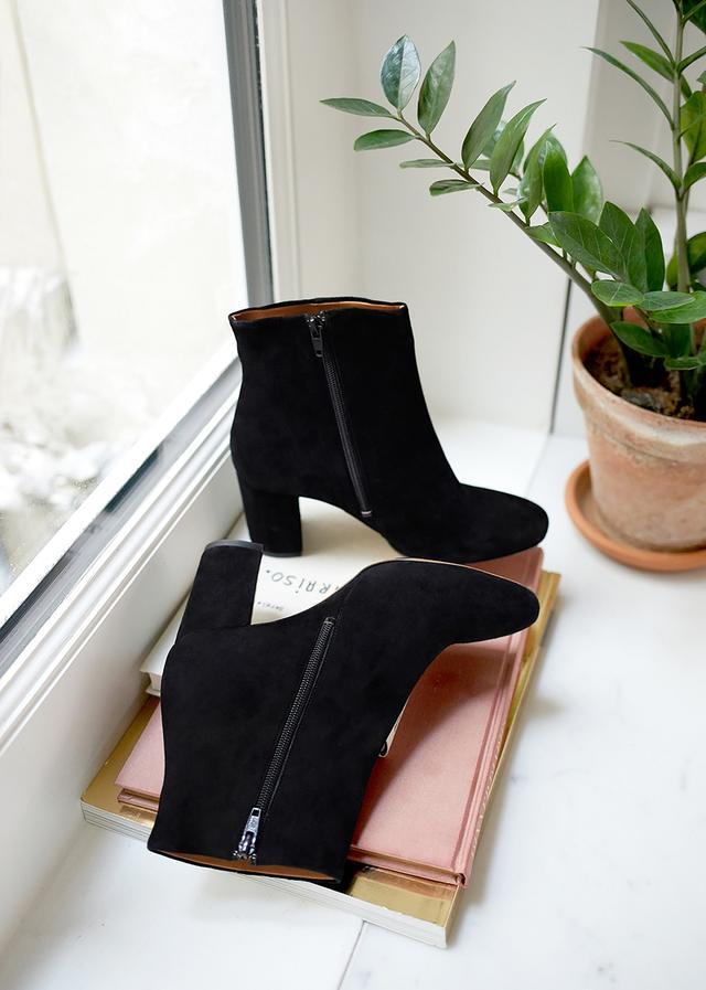 Sézane Léa Boots in Black