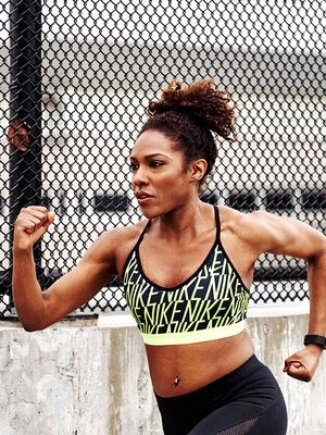 A Trainer Tells Us Her Secrets to Maintaining Her Natural Hair at the Gym