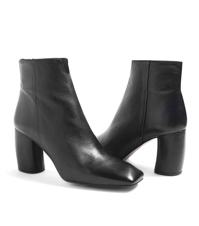 HUNT Banana Heel Boots