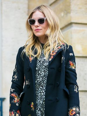 Sienna Miller Is Really Making Us Want to Buy This Jumper