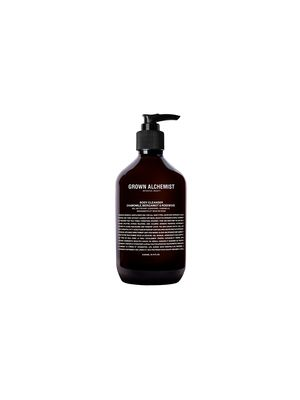 Must Have: This All-Natural Body Wash Smells Like Fresh Fruit