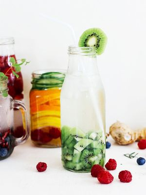 4 Detox Water Recipes That Will Give You a Flatter Stomach