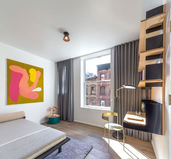 See matt damon 39 s potential apartment in brooklyn for Buy apartment brooklyn ny