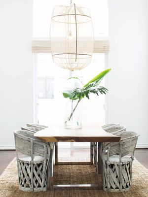 The Chic Décor Professionals Use When They're on a Shoestring Budget
