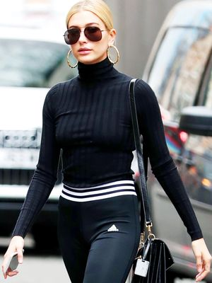 The Controversial Legging Trend Celebrities Are Endorsing