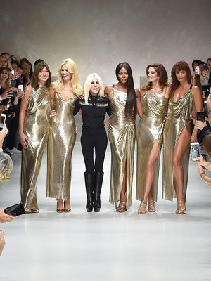 See Every Major '90s Supermodel Close Out the Versace Show