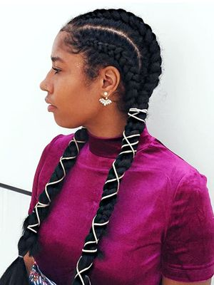 4 Ways to Keep Your Scalp Healthy and Dandruff-Free During Protective Styles