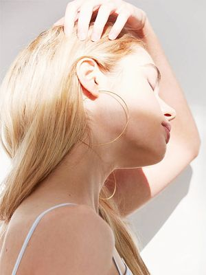 Dermatologist-Recommended Hair-Loss Treatments: From Diet to Injections