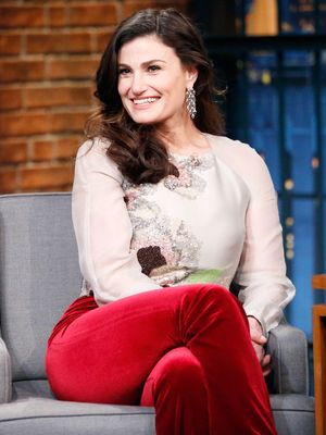 Idina Menzel Is a Real-Life Frozen Princess in Her Pretty Wedding Dress