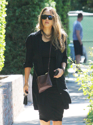 Jessica Alba's $89 Nine West Shoes Are Perfect for Fall