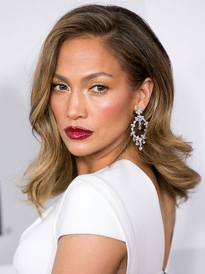 Jennifer Lopez Plans to Donate $1 Million to Puerto Rico Relief Efforts