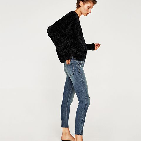 Mid Rise Jeans With Side Gems