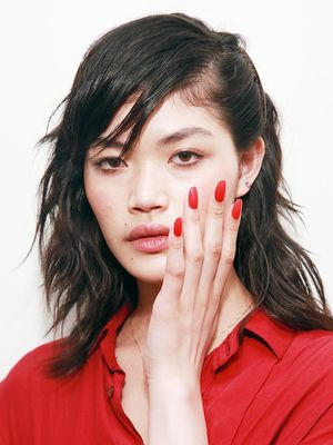 So Your Shellac Has Started Peeling Off, Here's What to Do